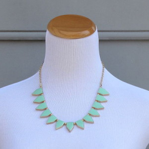 Hitting the Target Necklace in Mint