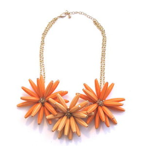 Dazzling Daisy Necklace in Orange