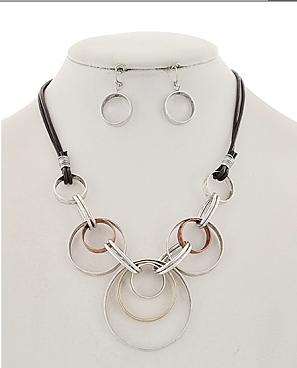 Revolution Necklace in Silver Tone