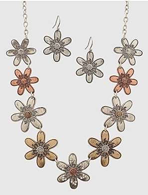 Flower Head Necklace