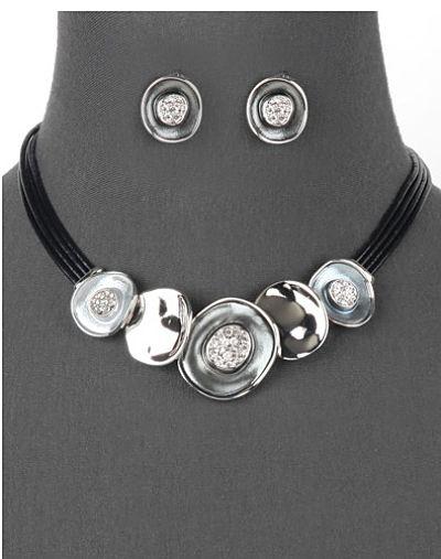 Disco Necklace in Silver Tone
